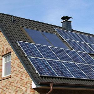 solpaneler giver byggeriet større bæredygtighed