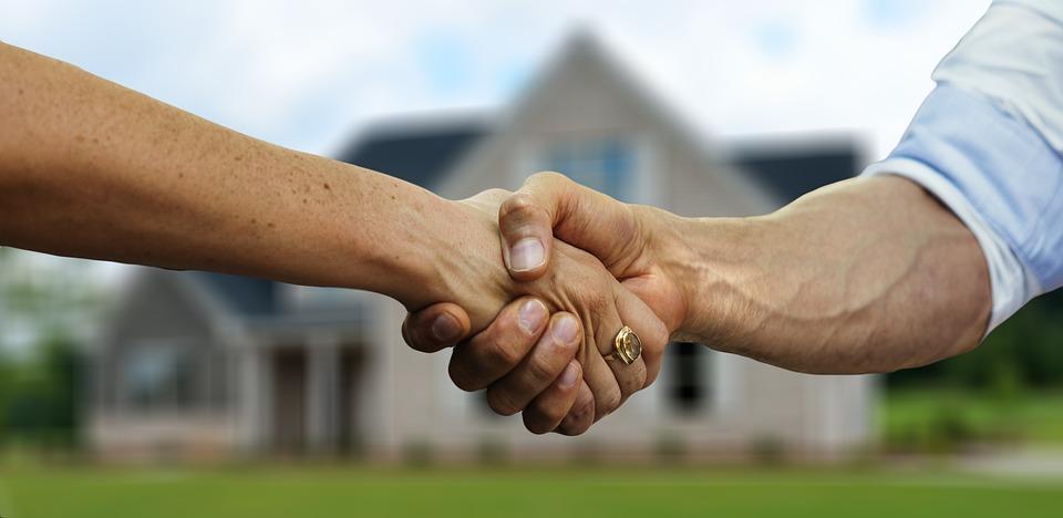 håndslag og forventningsafstemning